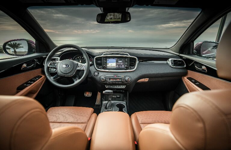 Dashboard and Brown Seats of 2019 Kia Sorento
