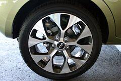Kia Soul with custom wheels