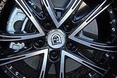 Kia Cadenza with 20 inch Lexani Wheels