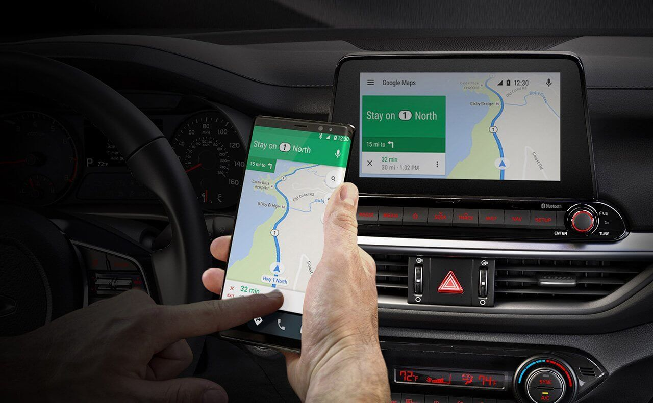 Apple CarPlay and Android Auto in the 2019 Kia Forte