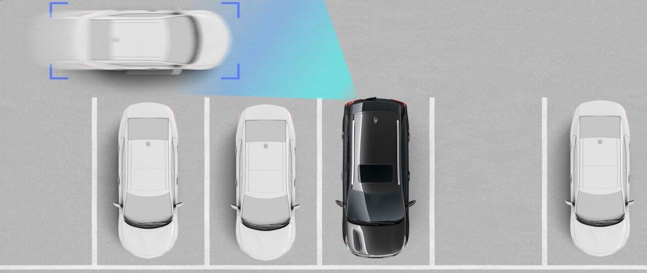 2021 Kia Seltos Rear Cross-Traffic Collision-Avoidance