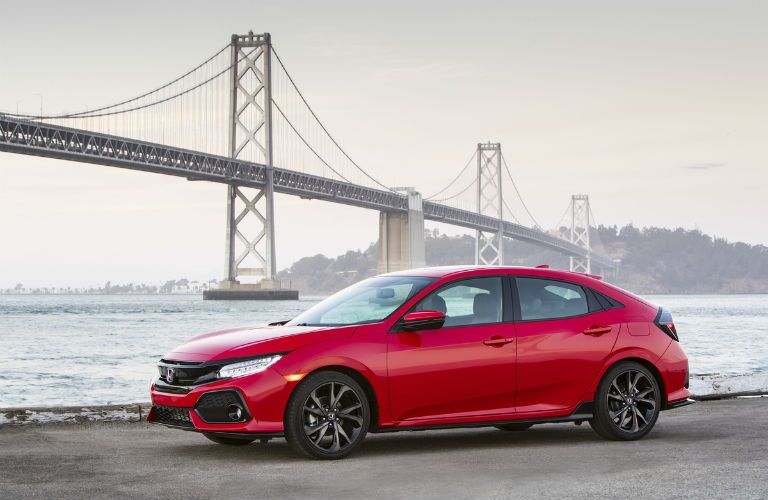 2017 Honda Civic Hatchback Exterior Front Profile