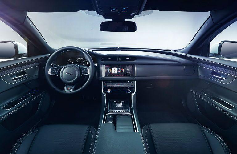 2016 Jaguar XF Merriam KS