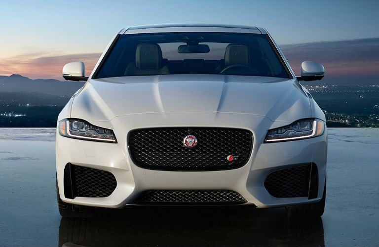 2016 Jaguar XF Kansas City front grille