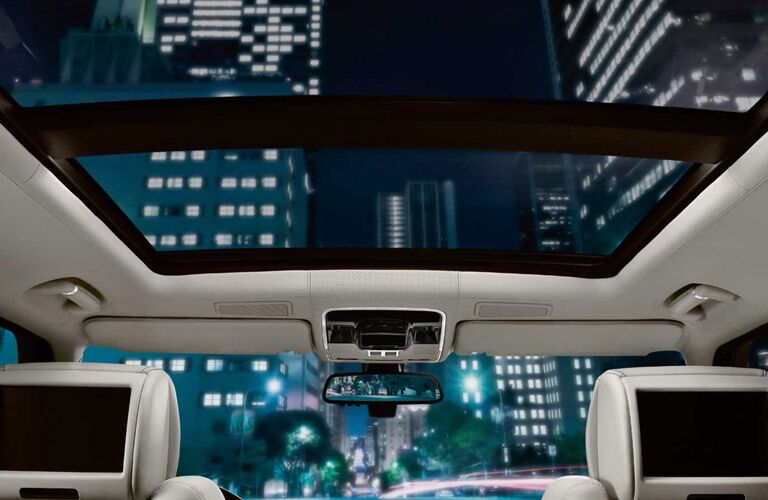 nighttime sunroof of the 2016 Land Rover Range Rover