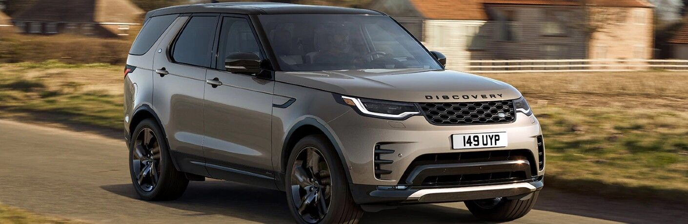 2021 Land Rover Discovery on road
