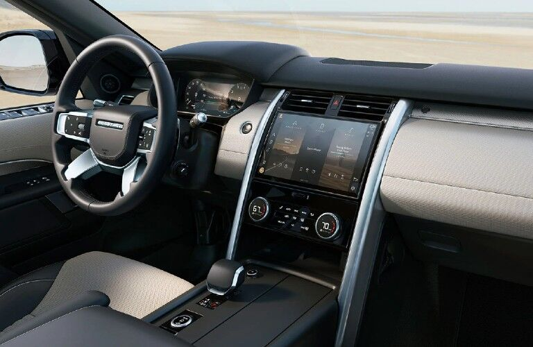 2021 Land Rover Discovery dashboard and steering wheel