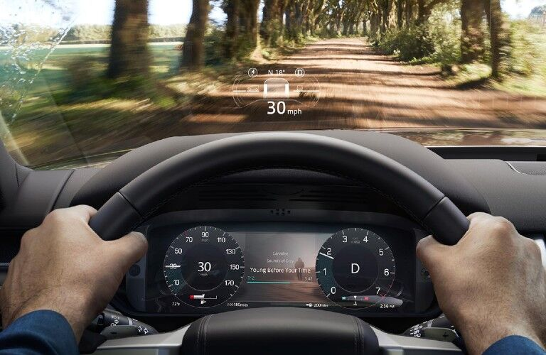 2021 Land Rover Discovery head-up display