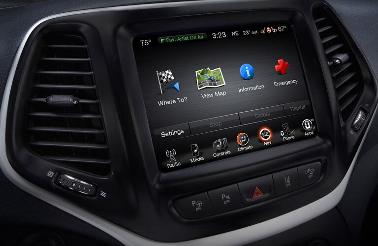 Uconnect system in the 2016 Jeep Cherokee