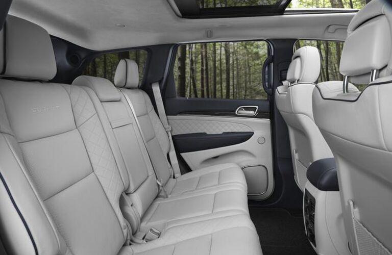 2020 Jeep Grand Cherokee rear seat