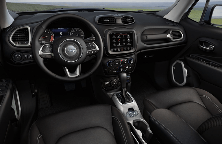 2020 Jeep Renegade dashboard and steering wheel