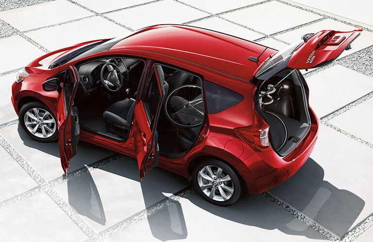 2016 Nissan Versa Note red