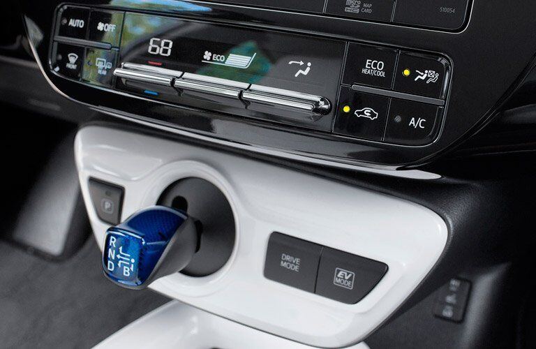 2017 Toyota Prius shifter