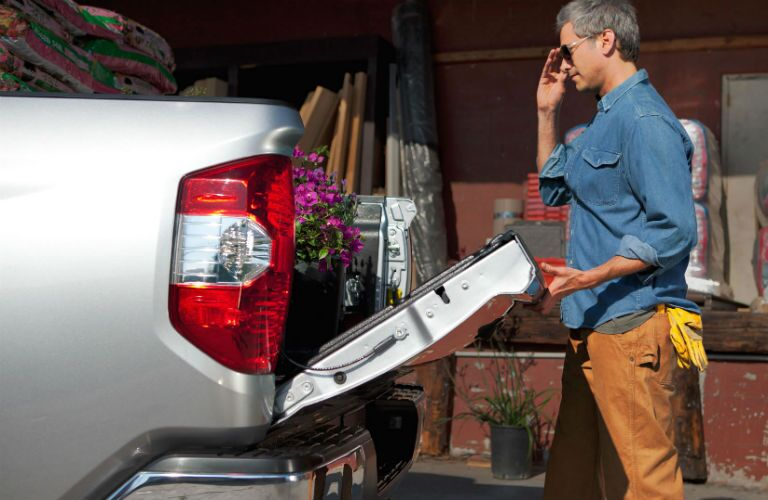 How much can fit in the Toyota Tundra?