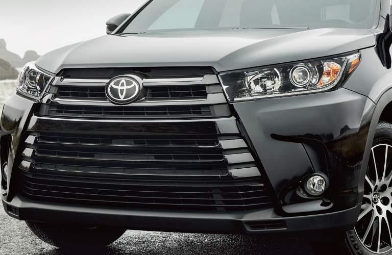 2018 Toyota Highlander Hybrid grille