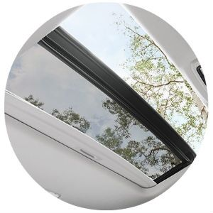 Does the Toyota 4Runner have a moonroof?
