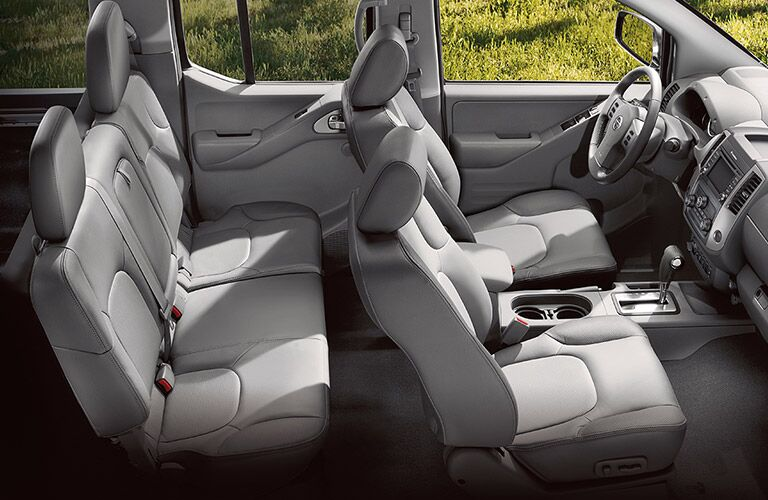 aerial side view of interior seats of 2018 nissan frontier
