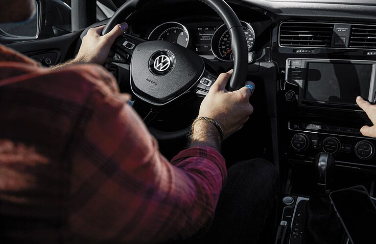 steering wheel and dashboard view of the 2016 Volkswagen Golf