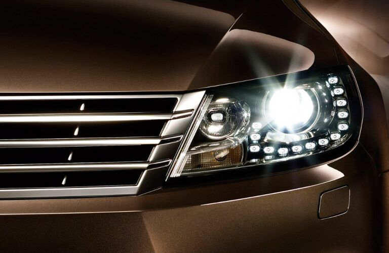 2017 VW front headlight LED detail