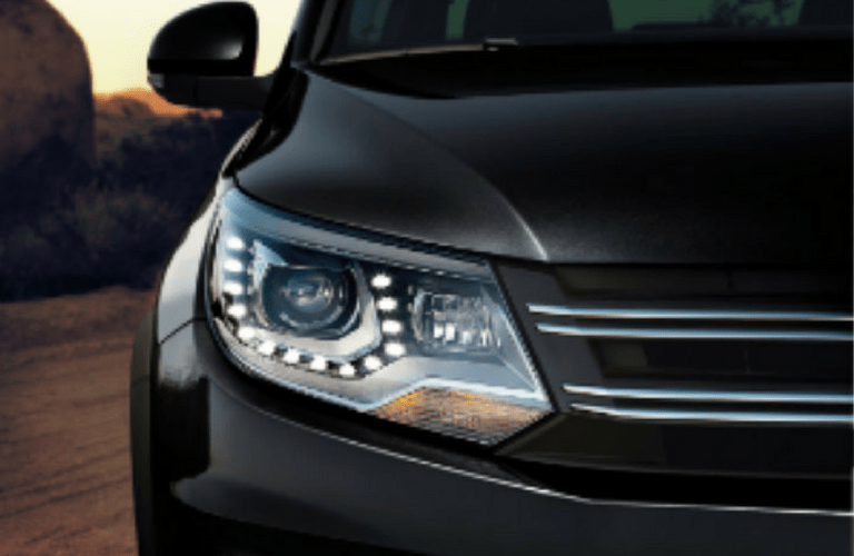 2017 VW tiguan front headlight_o