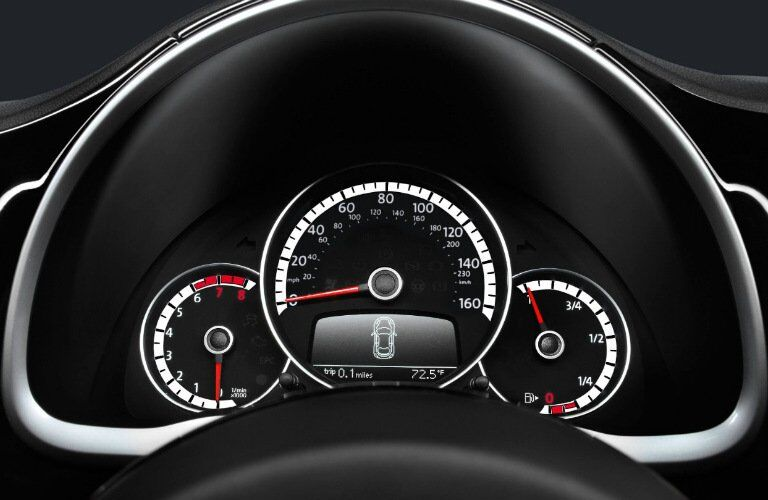 2017 VW Beetle Convertible speedometer