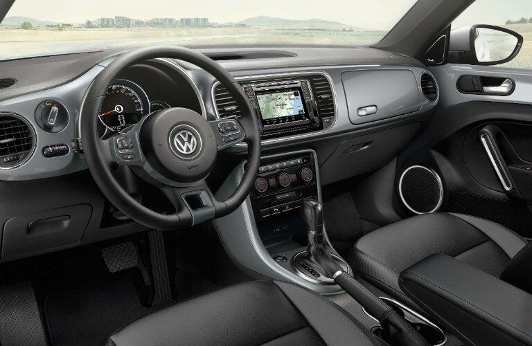 2017 VW Beetle Convertible dashboard