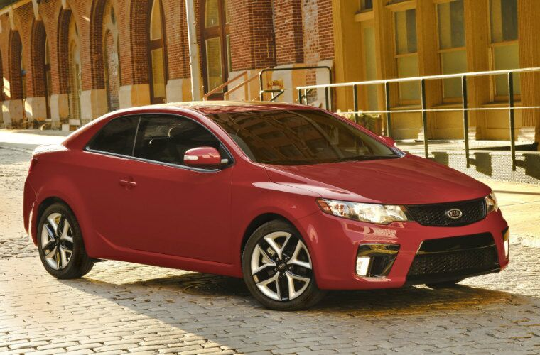 red 2013 Kia Forte exterior front side