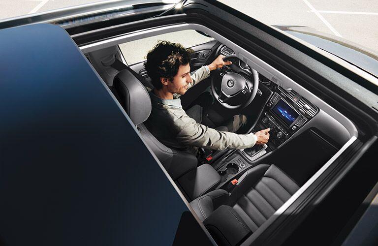 2017 Volkswagen Golf SportWagen interior moonroof
