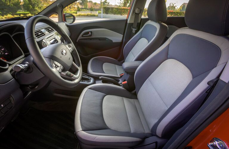 2016 Kia Rio two-tone seats