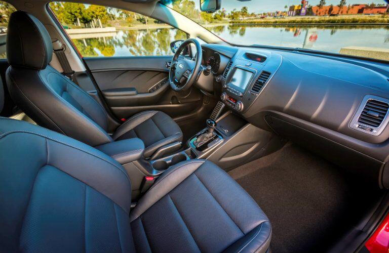 2017 Kia Fort Apple CarPlay