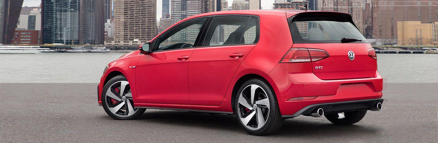 2019 VW Golf GTI exterior profile