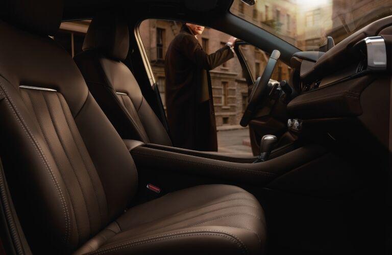 2020 Mazda6 front seating showcase