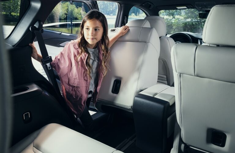 2021 CX-9 child getting in to rear seat