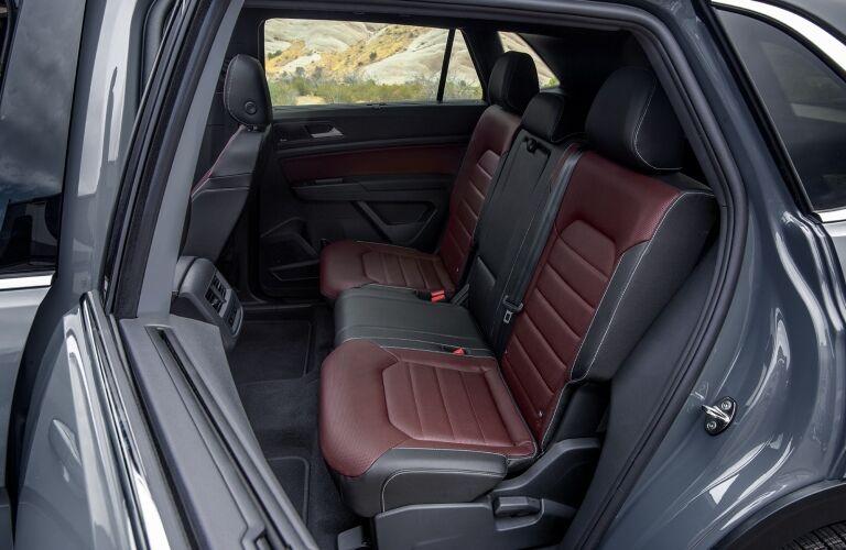 2020 Atlas Cross Sport rear seating