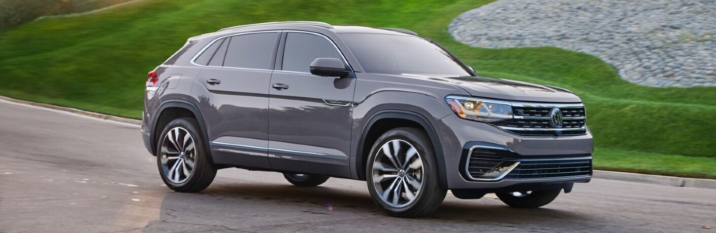 2020 Atlas Cross Sport driving new nicely manicured lawn
