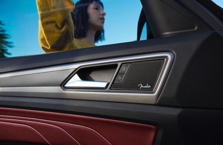 2020 Atlas Cross Sport Fender audio system showcase
