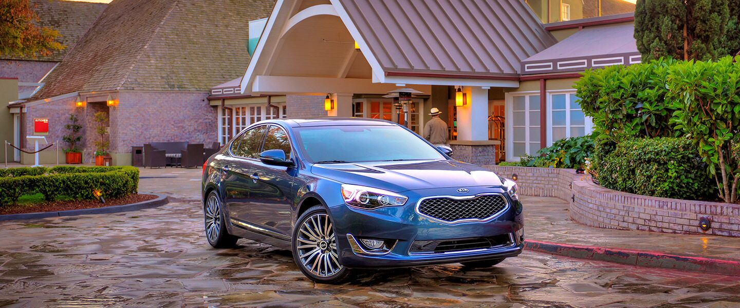 2016 Cadenza safety features Kia of Irvine