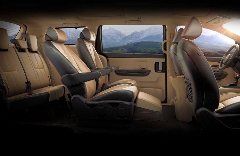 interior seating of the 2016 Kia Sedona