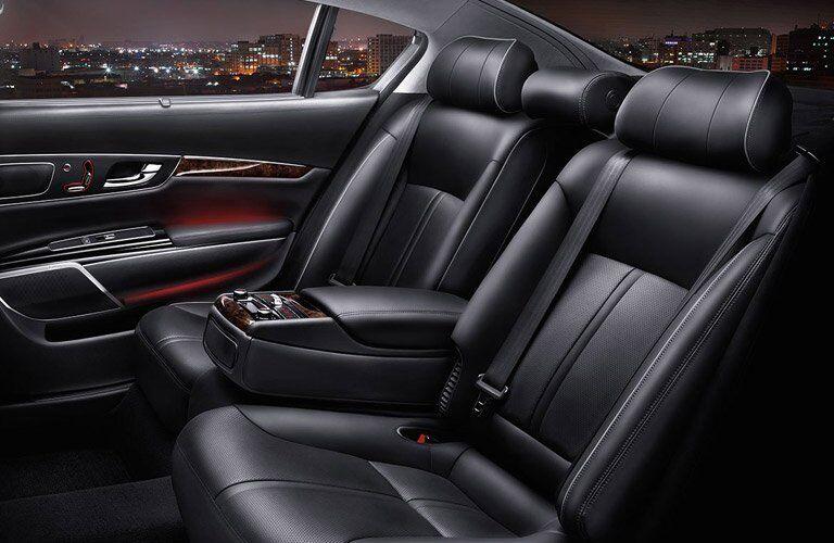 2017 K900 Rear Seats