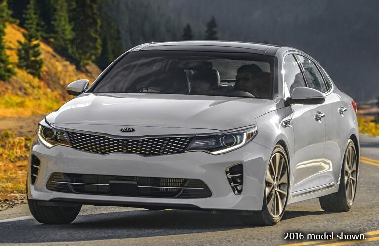 Front View of the 2017 Kia Optima in White