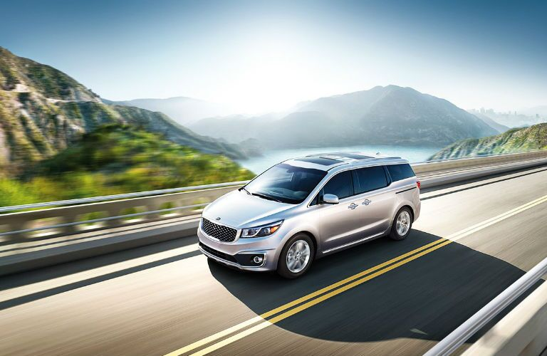 Exterior View of 2017 Kia Sedona in Silver