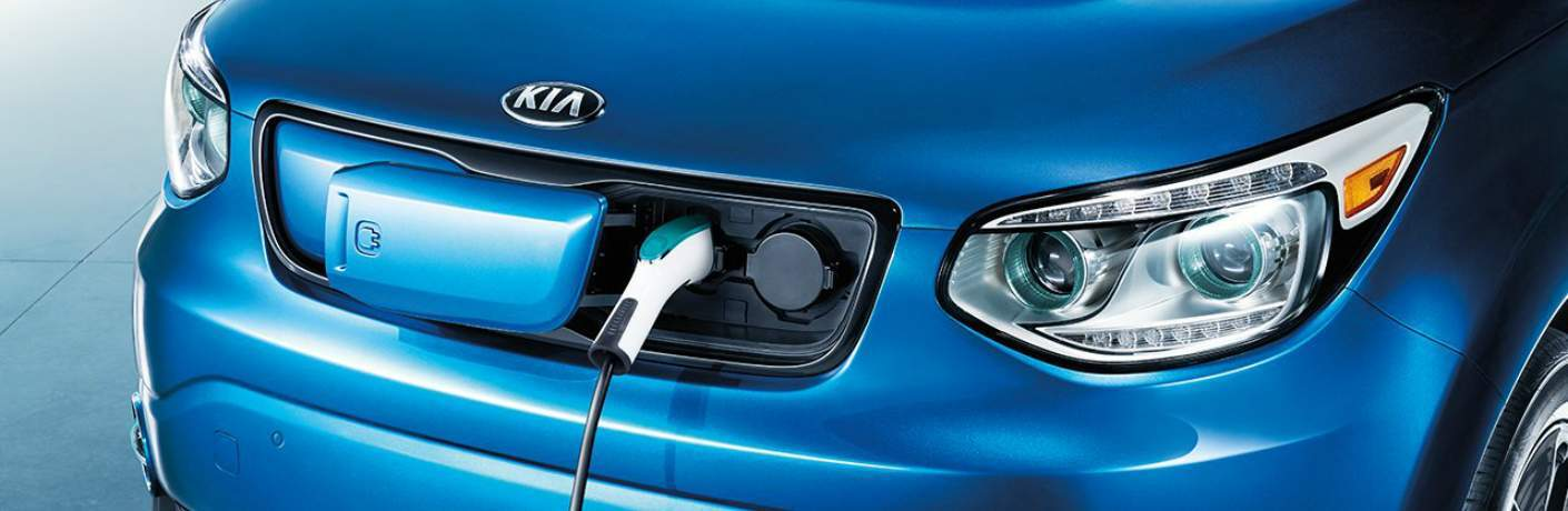 2018 Kia Soul EV Using DC Fast Charger
