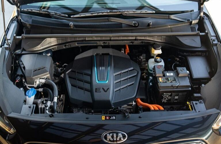 Image of the electric motor under the hood of a 2020 Kia Niro EV