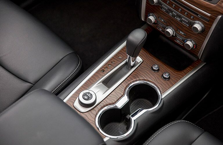 2017 Nissan Pathfinder front interior console