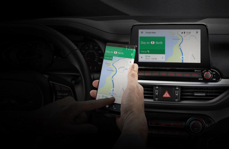 2020 Kia Forte linking phone to dash