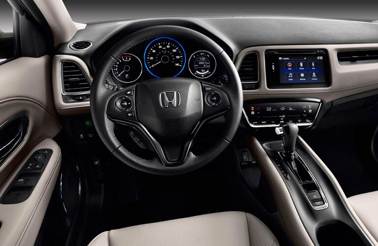 2016 Honda HR-V dashboard and steering wheel