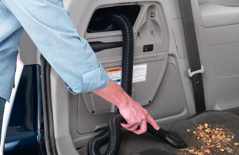 2016 Honda Odyssey built-in vacuum