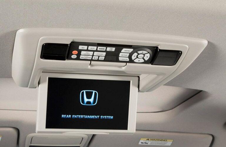 2016 Honda Pilot rear entertainment system