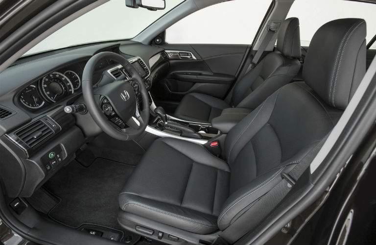 Interior cockpit image of 2017 HOnda Accord Sedan