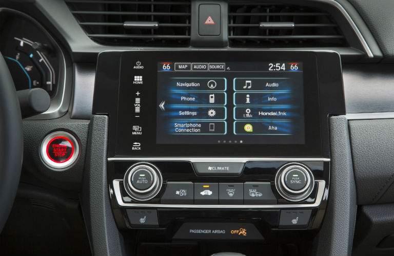 Touchscreen of the 2018 Honda Civic Sedan